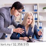 Купить «Lawyer discussing legal case with client», фото № 32358515, снято 2 октября 2017 г. (c) Elnur / Фотобанк Лори