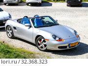 Купить «Porsche 986 Boxster», фото № 32368323, снято 14 сентября 2019 г. (c) Art Konovalov / Фотобанк Лори