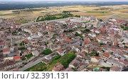 Aerial view of Cuellar Castle in Segovia Province, Leon, Spain (2019 год). Стоковое видео, видеограф Яков Филимонов / Фотобанк Лори