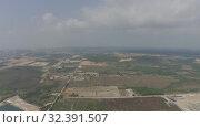 Купить «Sihanoukville city in Cambodia drone shot 4K», видеоролик № 32391507, снято 26 октября 2019 г. (c) Aleksejs Bergmanis / Фотобанк Лори
