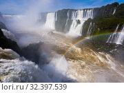 Rainbow over Cataratas del Iguazu waterfall, Brazil (2017 год). Стоковое фото, фотограф Яков Филимонов / Фотобанк Лори
