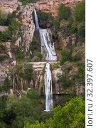 Купить «Waterfall in Sant Miquel del Fai», фото № 32397607, снято 5 мая 2018 г. (c) Яков Филимонов / Фотобанк Лори