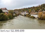 Купить «Historical centre and Aare river, viewed from Casinobruecke bridge. Town of Brugg, Swiss canton of Aargau, Switzerland, Europe.», фото № 32399699, снято 5 ноября 2019 г. (c) Bala-Kate / Фотобанк Лори