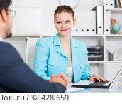 Купить «Businesswoman talking to male colleague», фото № 32428659, снято 1 июня 2017 г. (c) Яков Филимонов / Фотобанк Лори