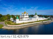 Ipatievsky Monastery in Kostroma. Стоковое фото, фотограф Михаил Коханчиков / Фотобанк Лори