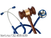 Купить «Richterhammer und Stethoskop, Symbolfoto für Pfusch und Ärztefehler», фото № 32459639, снято 3 июля 2020 г. (c) age Fotostock / Фотобанк Лори