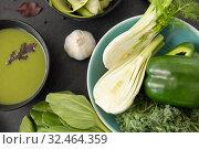 Купить «green vegetables and cream soup in ceramic bowl», фото № 32464359, снято 12 апреля 2018 г. (c) Syda Productions / Фотобанк Лори
