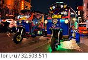 Tuk-tuk, an auto rickshaw in Bangkok Chinatown. Стоковое фото, фотограф Zoonar.com/monticello / age Fotostock / Фотобанк Лори