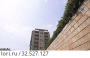 Купить «Monaco city summer living Houses, Block of Flats buildings, streets, raods with cars in Monte Carlo», видеоролик № 32527127, снято 28 августа 2019 г. (c) Aleksejs Bergmanis / Фотобанк Лори