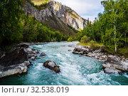 Купить «Behemoth River Rapid on the Chuya River, Mountain Altai, Russia», фото № 32538019, снято 13 сентября 2019 г. (c) Вадим Орлов / Фотобанк Лори