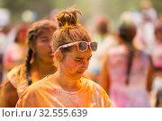 Купить «The Holi in Santa Coloma de Gramenet», фото № 32555639, снято 28 мая 2017 г. (c) Яков Филимонов / Фотобанк Лори