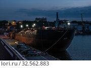 Купить «Night at the seaport in Odessa, Ukraine», фото № 32562883, снято 6 июня 2019 г. (c) Sergii Zarev / Фотобанк Лори