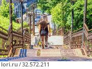 Купить «An ancient iron staircase. Samara Ulyanovskiy descent.», фото № 32572211, снято 7 июля 2017 г. (c) Акиньшин Владимир / Фотобанк Лори