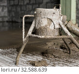 Making cement screed on the floor view. Стоковое фото, фотограф Гурьянов Андрей / Фотобанк Лори