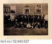 The New Westminster lacrosse team, 1910. Редакционное фото, фотограф ARTOKOLORO QUINT LOX LIMITED / age Fotostock / Фотобанк Лори