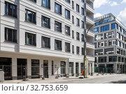 New residential buildings on the former Freudenberg site in Boxhagener Strasse in Berlin-Friedrichshain (2018 год). Редакционное фото, агентство Caro Photoagency / Фотобанк Лори