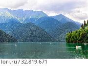 Купить «Озеро Рица. Абхазия», фото № 32819671, снято 26 июня 2019 г. (c) Евгений Ткачёв / Фотобанк Лори
