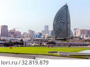 Купить «Вид на Trump Tower Baku. Баку. Азербайджан», фото № 32819879, снято 24 сентября 2019 г. (c) Евгений Ткачёв / Фотобанк Лори
