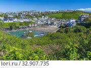 Купить «Port Isaac, Cornwall, England, United KIngdom, Europe.», фото № 32907735, снято 5 мая 2019 г. (c) age Fotostock / Фотобанк Лори