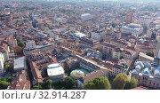 Купить «Panoramic aerial view of ancient Padua downtown on sunny autumn day, Italy», видеоролик № 32914287, снято 5 сентября 2019 г. (c) Яков Филимонов / Фотобанк Лори
