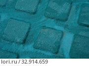 Купить «Поверхность окрашена бирюзовой масляной краской», фото № 32914659, снято 10 августа 2019 г. (c) М Б / Фотобанк Лори