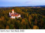 Купить «Chateau Konopiste near small Czech town of Benesov», фото № 32922343, снято 12 октября 2019 г. (c) Яков Филимонов / Фотобанк Лори