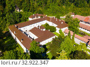 Top view on the roofs of Bistra castle. Vrhnika. Slovenia (2019 год). Стоковое фото, фотограф Яков Филимонов / Фотобанк Лори
