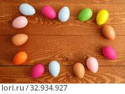 Купить «Painted Easter Eggs Circle Arrangement Ornament», фото № 32934927, снято 25 марта 2019 г. (c) Иван Карпов / Фотобанк Лори