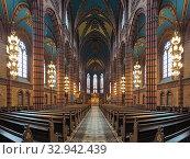 Купить «Интерьер церкви св. Иоанна в Стокгольме, Швеция», фото № 32942439, снято 24 мая 2019 г. (c) Михаил Марковский / Фотобанк Лори