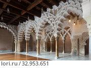 Interiors of medieval Aljaferia Palace, Zaragoza, Spain. Стоковое фото, фотограф Яков Филимонов / Фотобанк Лори