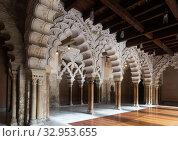 Купить «Aljaferia Palace. North gate arches Patio de Santa Isabel. Zaragoza, Aragon, Spain», фото № 32953655, снято 2 июня 2020 г. (c) Яков Филимонов / Фотобанк Лори