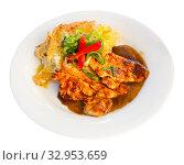 Купить «Sliced chicken with baked potatoes. Czech cuisine», фото № 32953659, снято 26 января 2020 г. (c) Яков Филимонов / Фотобанк Лори