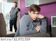 Angry father screaming at offender son. Стоковое фото, фотограф Яков Филимонов / Фотобанк Лори