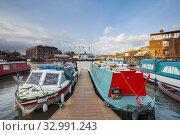 Купить «Winter morning at Bristol Harbour, England.», фото № 32991243, снято 16 января 2020 г. (c) age Fotostock / Фотобанк Лори