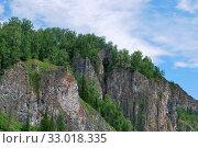 """Природная арка """"Царские ворота"""", Шорский национальный парк (2010 год). Редакционное фото, фотограф Ольга Анофриева / Фотобанк Лори"""