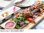 Kebab - traditional Turkish dish. Cooked on fire. Стоковое фото, фотограф Володина Ольга / Фотобанк Лори