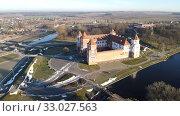 Купить «Aerial view of Mir Castle», фото № 33027563, снято 3 января 2020 г. (c) Яков Филимонов / Фотобанк Лори