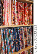 Купить «Rolls of fabric for sale in shop», фото № 33033283, снято 7 февраля 2019 г. (c) Яков Филимонов / Фотобанк Лори