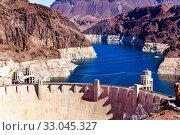 Colorado river Hoover Dam and water reservoir view (2015 год). Стоковое фото, фотограф Сергей Новиков / Фотобанк Лори