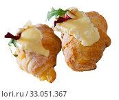 Купить «Dessert of french cuisine, mini croissant with camembert cheese», фото № 33051367, снято 16 июля 2020 г. (c) Яков Филимонов / Фотобанк Лори