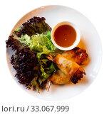 Thai spring rolls with shrimp. Стоковое фото, фотограф Яков Филимонов / Фотобанк Лори