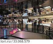Купить «SOGO Tsim Sha Tsui mall interior, Hong Kong», фото № 33068579, снято 15 сентября 2017 г. (c) Александр Подшивалов / Фотобанк Лори