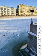 Купить «Река Фонтанка в Санкт-Петербурге», эксклюзивное фото № 33110675, снято 7 февраля 2020 г. (c) Александр Алексеев / Фотобанк Лори