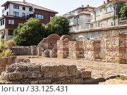 Ruins of basilica in Nessebar (2019 год). Стоковое фото, фотограф Юлия Бабкина / Фотобанк Лори