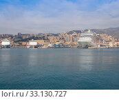 View of Genoa Italy from the sea. Стоковое фото, фотограф Claudio Divizia / PantherMedia / Фотобанк Лори