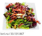 Купить «Portion of goat cheese salad», фото № 33131867, снято 30 мая 2020 г. (c) Яков Филимонов / Фотобанк Лори