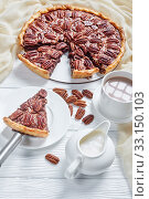 Купить «close-up of pecan pie sliced on a plate», фото № 33150103, снято 19 ноября 2019 г. (c) Oksana Zh / Фотобанк Лори