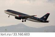 Купить «Royal Jordanian Airbus A320-232 JY-AYX taking off from Barcelona Airport», фото № 33160603, снято 26 января 2020 г. (c) Яков Филимонов / Фотобанк Лори
