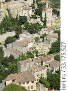 the village of Gordes, Provence, France. Стоковое фото, фотограф Alena Dvorakova / PantherMedia / Фотобанк Лори