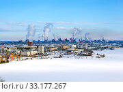 Купить «Вид на Нижний Тагил с Лысой (Лисьей) горы. Свердловская область», фото № 33177267, снято 12 февраля 2020 г. (c) Сергей Афанасьев / Фотобанк Лори